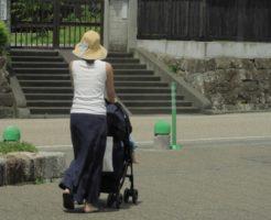夏 赤ちゃん 散歩